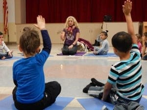 kids meditating in class - schools meditation